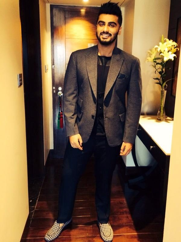 How Do Men Dress For A Formal Event And A Semi Formal Event Quora