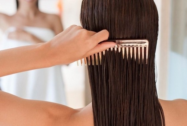 「wet hair with comb」の画像検索結果