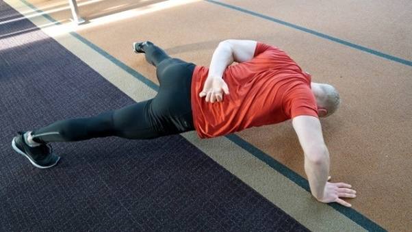 one arm push ups for female beginners at home
