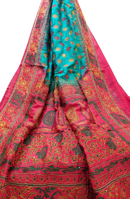 Which Type Of Saree Is Optimal For An Aari Work Blouse Quora