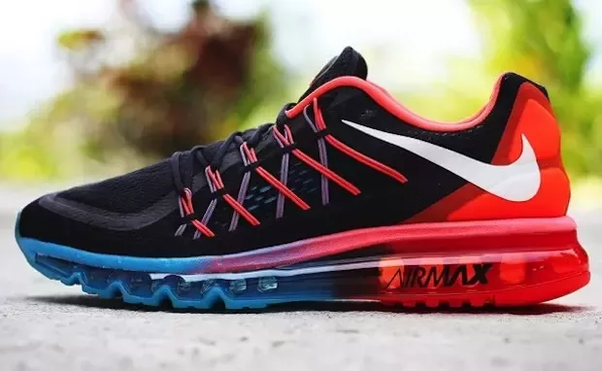 8f5d068e2ce What is the difference between the Nike Flex and Nike Free sneakers ...