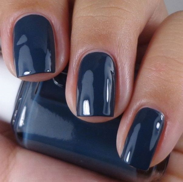 What Color Nail Polish Should I Wear With A Navy Blue