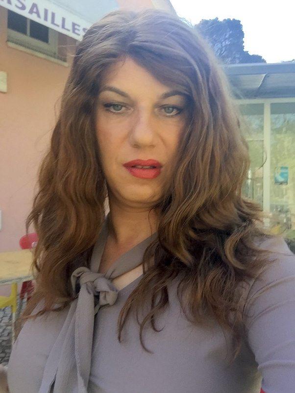 Žena ven s svojim cd moškim Etc T Crossdressers-3057