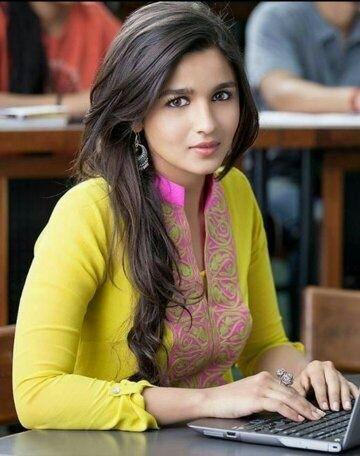 Who is prettier - Indian actress Alia Bhatt, or American singer Selena Gomez? - Quora