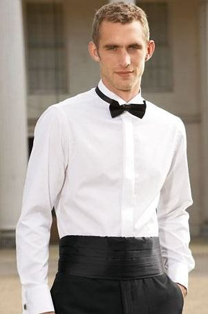 What 39 s the difference between a suit and a tuxedo quora for Tuxedo shirt no studs