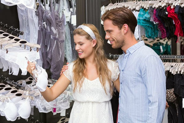How do you find a male friendly bra store?