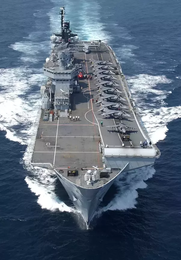 Will Britain's two new aircraft carriers be white ...
