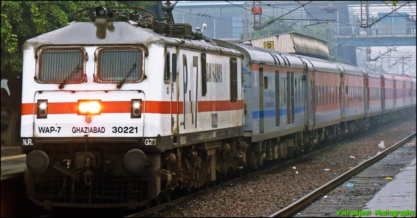 What is the WAP 7 engine in Indian Railways? - Quora