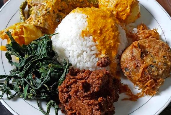 Apa Menu Makanan Yang Biasa Kamu Makan Di Restoran Padang Quora