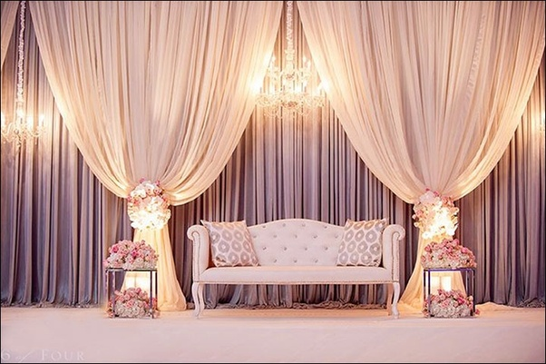 What are some gorgeous stage décor ideas that I can opt