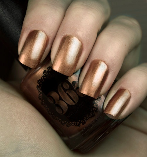 What color toenail polish should I wear with a bronze