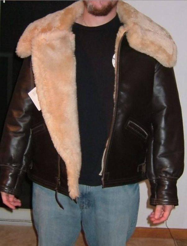 Do leather jackets keep you warm?