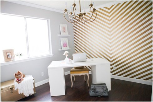 if i want to paint my room a light gray and have a metallic gold and