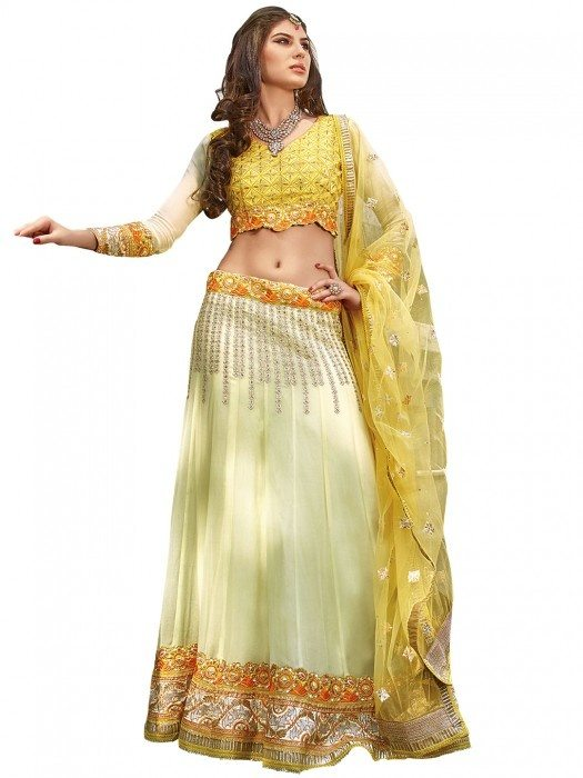 What would be the best outfit for a cousin\'s marriage: Saree ...