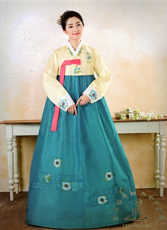 asia what is the difference between a korean hanbok and a