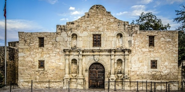 What Are The Best Tourist Attractions Between San Antonio