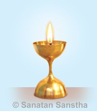 In Modern Times, For A Variety Of Reasons, Proper Yajna Is Not Possible  Frequently. So It Has Been Substituted With A Small Ornate Lamp Like Shown  Above.