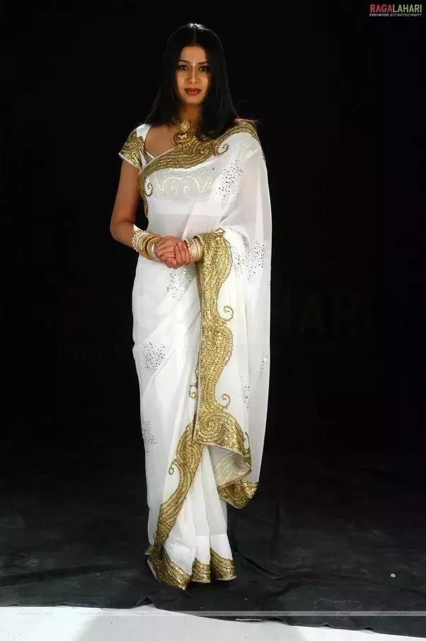 White Saree Tamanna In Veeram: What Blouse Matches A White Saree?