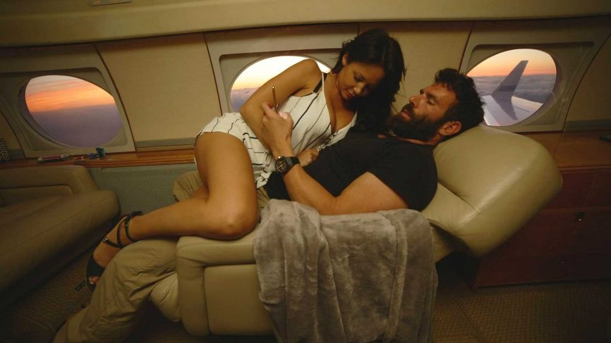 Hot babes sex in plane