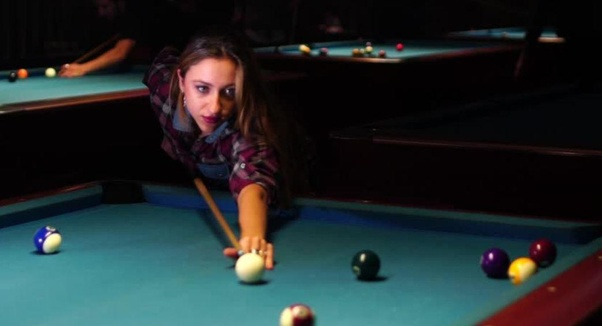 How To Set Up Pool Balls Quora >> How To Hold A Snooker Cue Quora