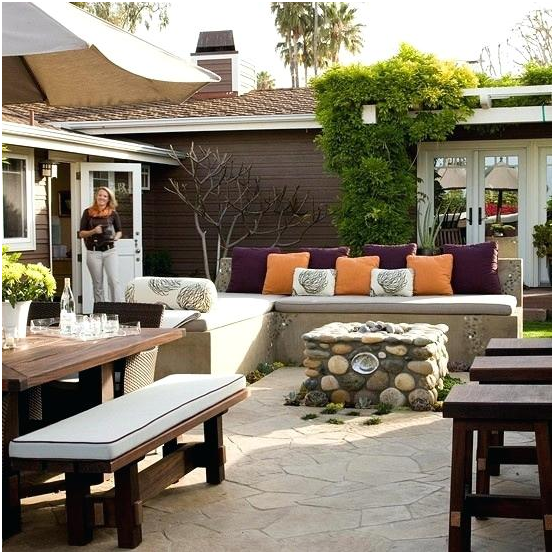 What Are Some Minimalist Patio Decorating Ideas For Your
