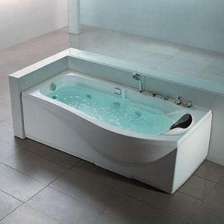 Genial A Bathtub Is Only Meant To Provide You With A Pleasing Bath. But In  Comparison, A Jacuzzi Ensures A Satisfying Massage Within A Hot And Cold  Water Spa.