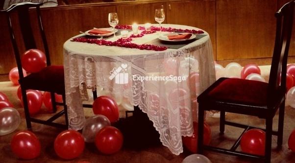 dating restaurant i Delhiasiatisk gratis dating på nettet