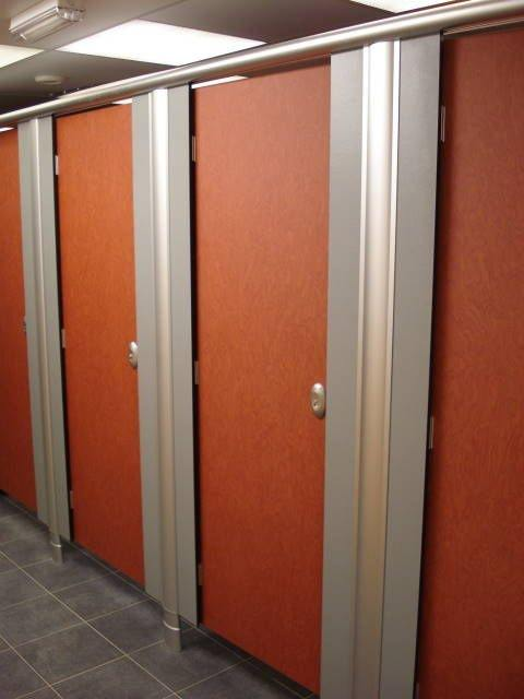 (Average American bathroom stalls) : stall doors - pezcame.com