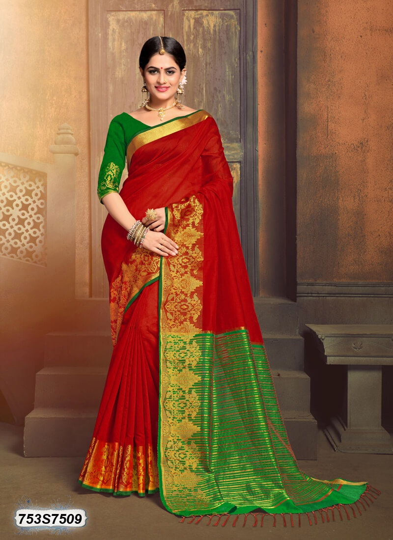 0abfcc1ecbd823 Which colour of a blouse is suitable for a red saree  - Quora