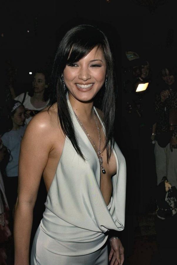 Kelly Hu   Kelly hu, Beauty girl, Asian beauty