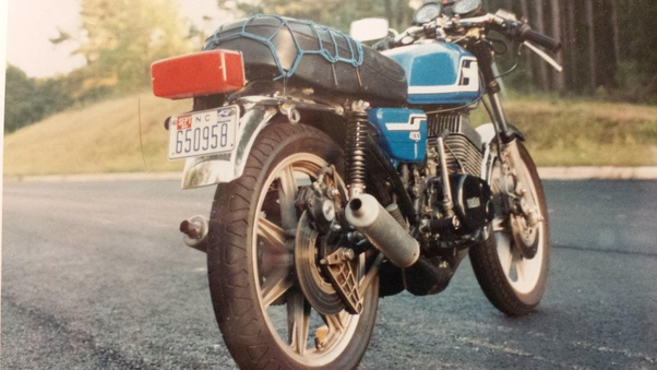1981 Kawasaki Kz1000j This Pic Is Shortly After I Got It Ended Up With Superbars Big Oil Cooler Bore To 1100 Bigger Carbs Sueprtrapp And Midsets