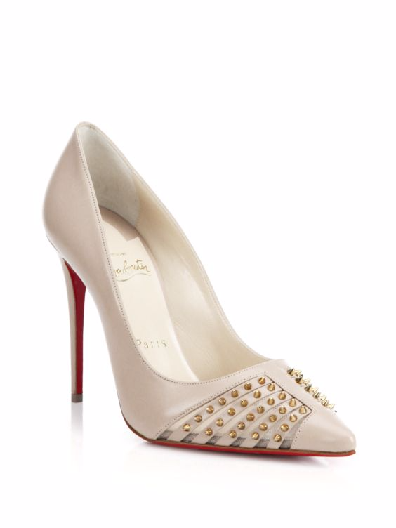 What Color Shoes Should I Wear With A White Cocktail Dress