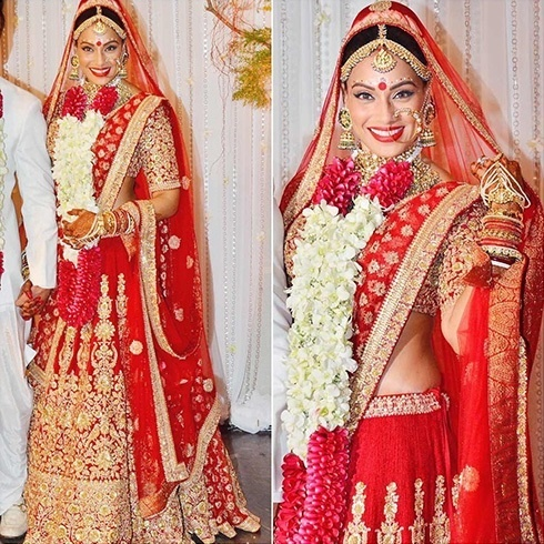 What is the significance of a red saree in Indian weddings? - Quora