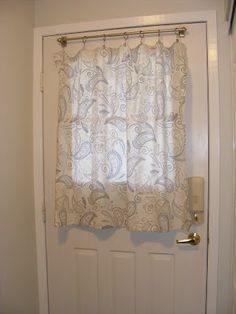 Charmant Depending On Your Overall Style, Shorter Curtain Panels Look Nice For A  More Country Or Shabby Chic Look And Also Give The Option Of Different  Materials For ...