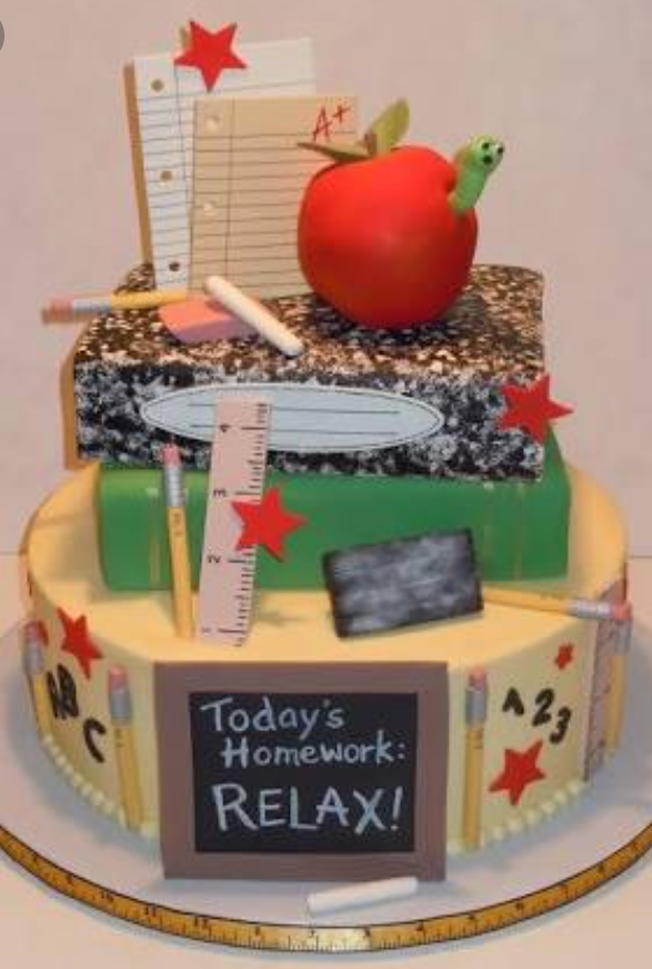You Cannot Gift Teachers Which Is Too Costly Or Something Very Cheap Can Your Teacher With A Customized Cake Arranged Books Pens