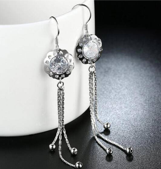 What is the difference between 'fashion jewelry' and 'fine ...