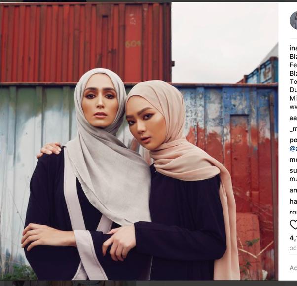 Code muslim iran in dress women