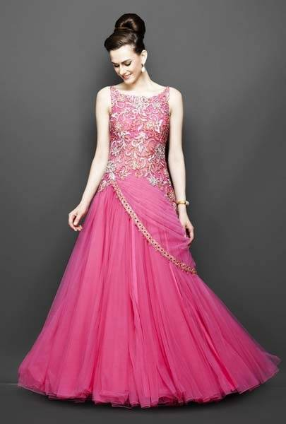 What are fashionable dresses or outfits for the groom\'s sister to ...