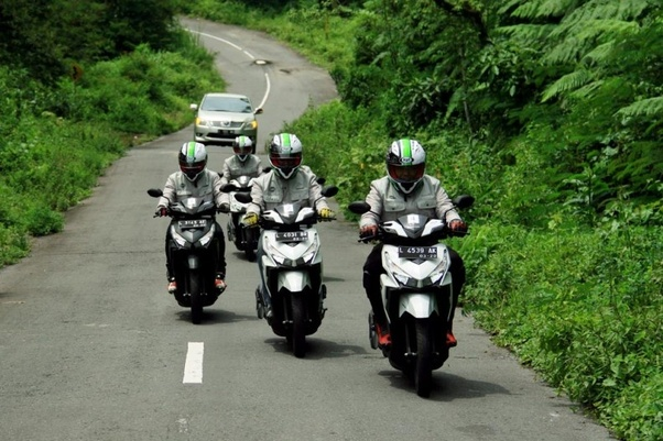 What does it feel like to ride a motorcycle? - Quora
