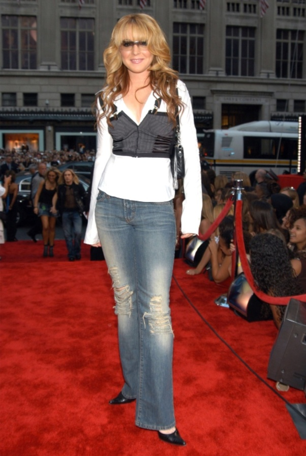 Do you think the 2000s fashion is better than the 2010s