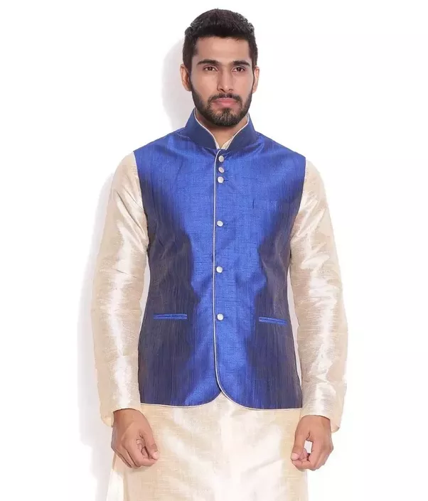 What are the best Indian wedding dresses for grooms and other men ...