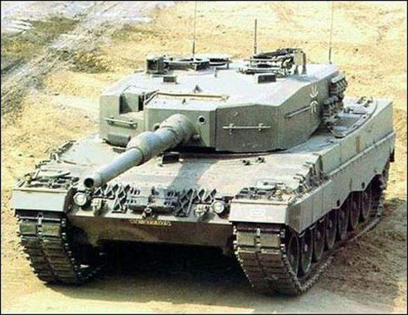Is the look of the Leopard 1 tank a send off to the Tiger 1
