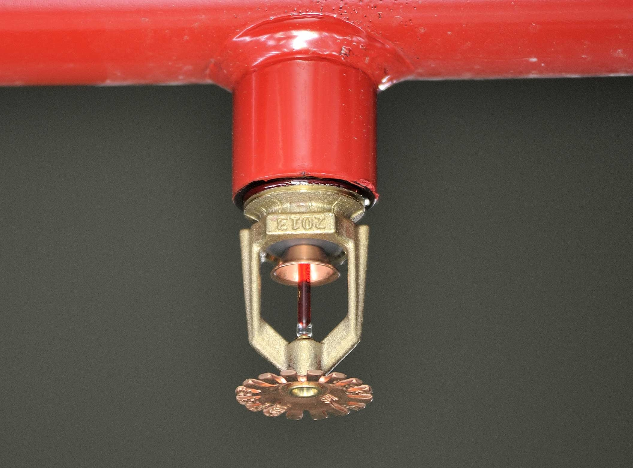 How many fire sprinkler head can be fed by 3 inch pipe? - Quora