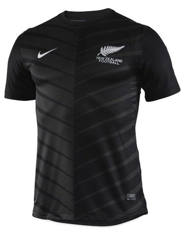 What football/soccer teams play in black shirts? - Quora