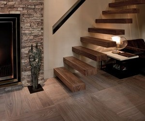 Wooden Cantilever Stairs