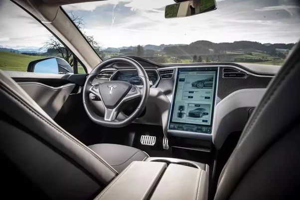 Why does Tesla\'s interior suck for the money? - Quora