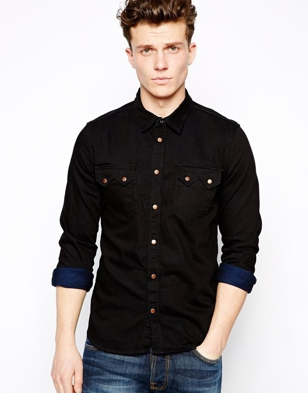 What color dress shirt to wear with dark jeans