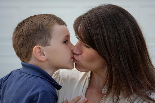 kiss clit mom Aunt lip