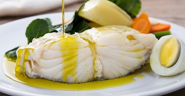 What makes bacalhau cod fish so popular in portugal for Salted cod fish near me