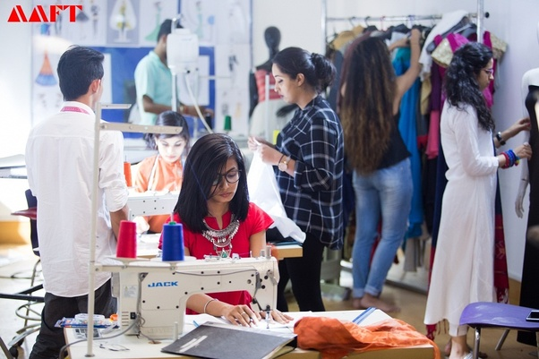 Fashion Courses Developing Professional Skills To Become A Part Of The Glamor World By Aaft School Of Fashion